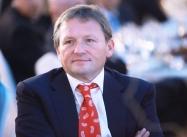 Титов направит в правительство предложения о льготах для торговых центров
